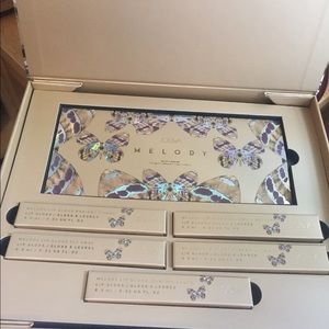 Absolutely Stunning Zoeva Melody collection NIB